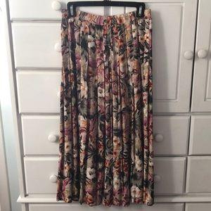 Talbot rayon pleated skirt